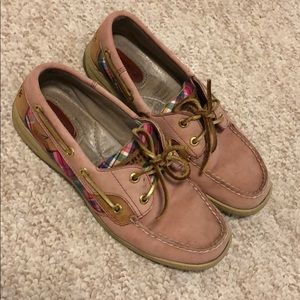 Sperry Bluefish Boat Shoes Pink size 7